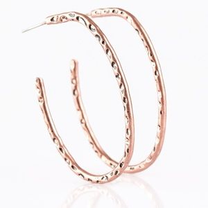 paparazzi Jewelry - ❤️Slim Hammered Hoops